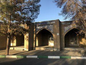 800px-Beheshte_Zahra_Cemetery_4521